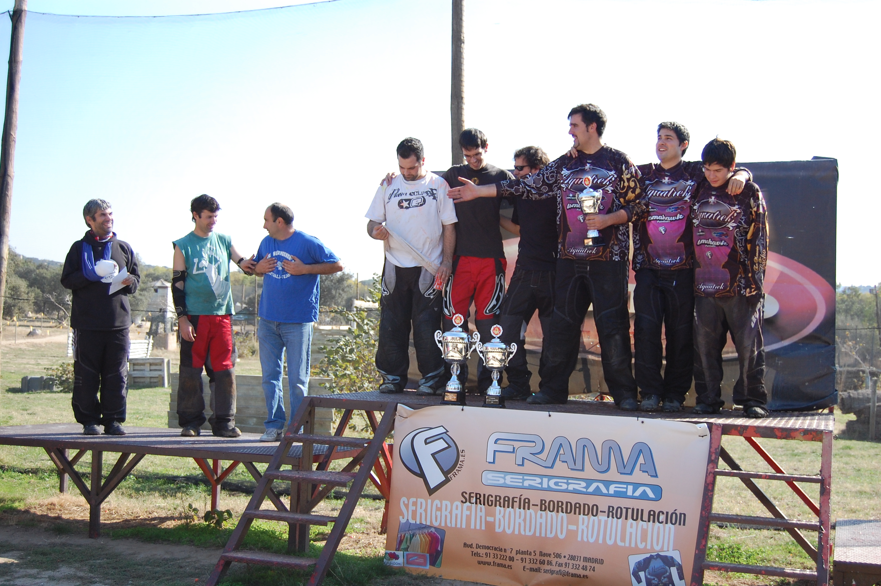 2010 octubre 26 noticias megacampo for Megacampo paintball madrid oficinas madrid