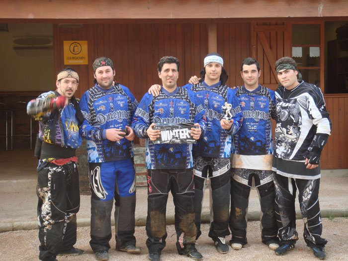 Enhorabuena omeyas noticias megacampo for Megacampo paintball madrid oficinas madrid